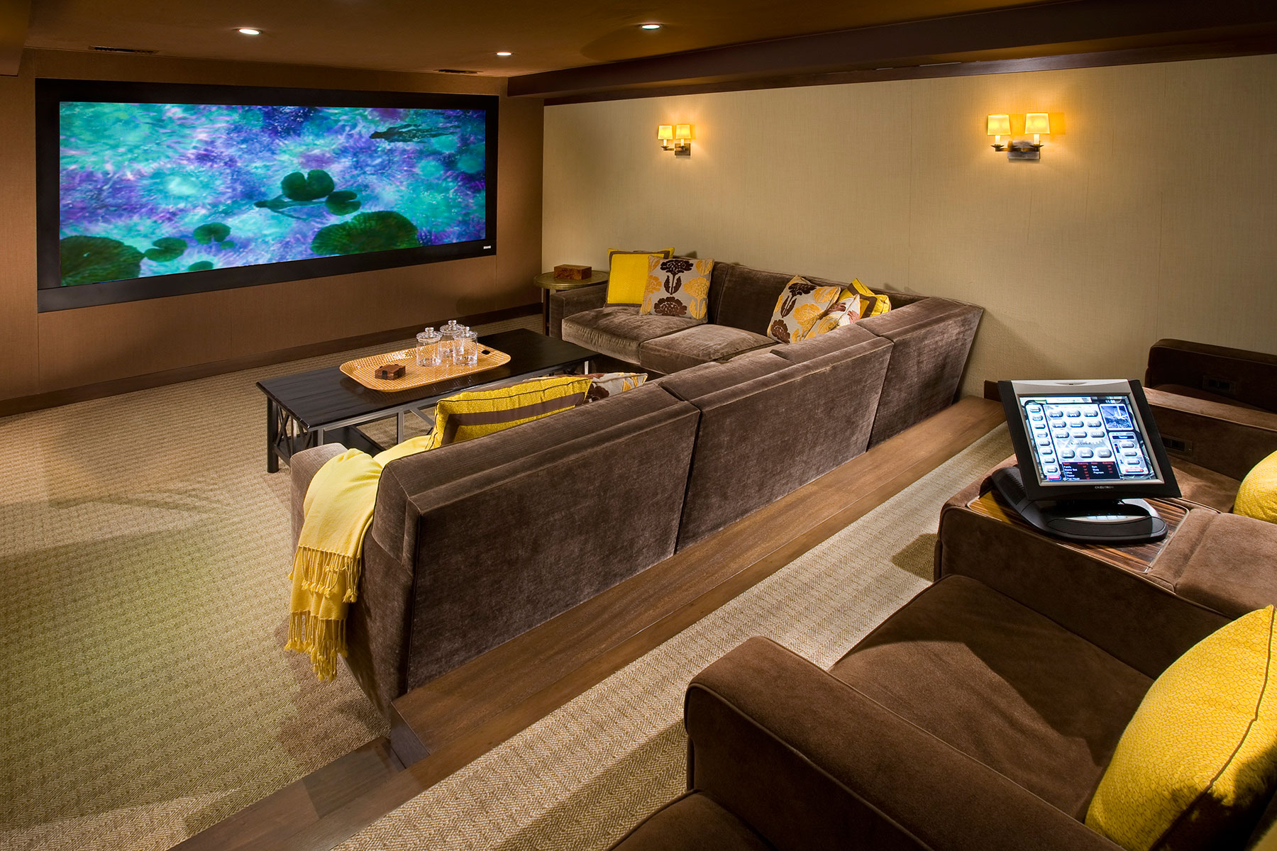 home theater signals audio video signals av is also your source for theater interiors and build outs from theater seating and risers to stages drapes and lighting we work with your