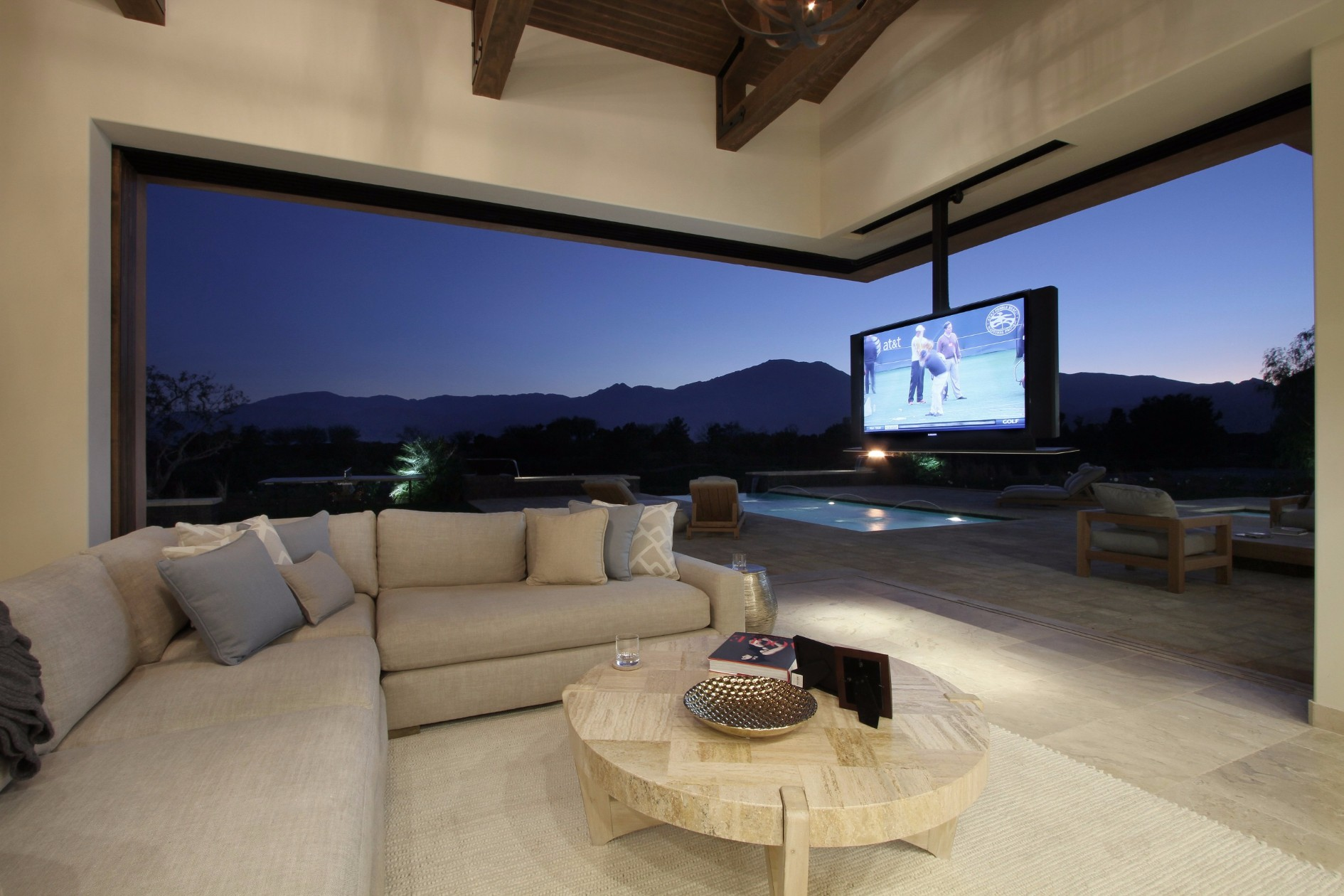 Patio Tv
